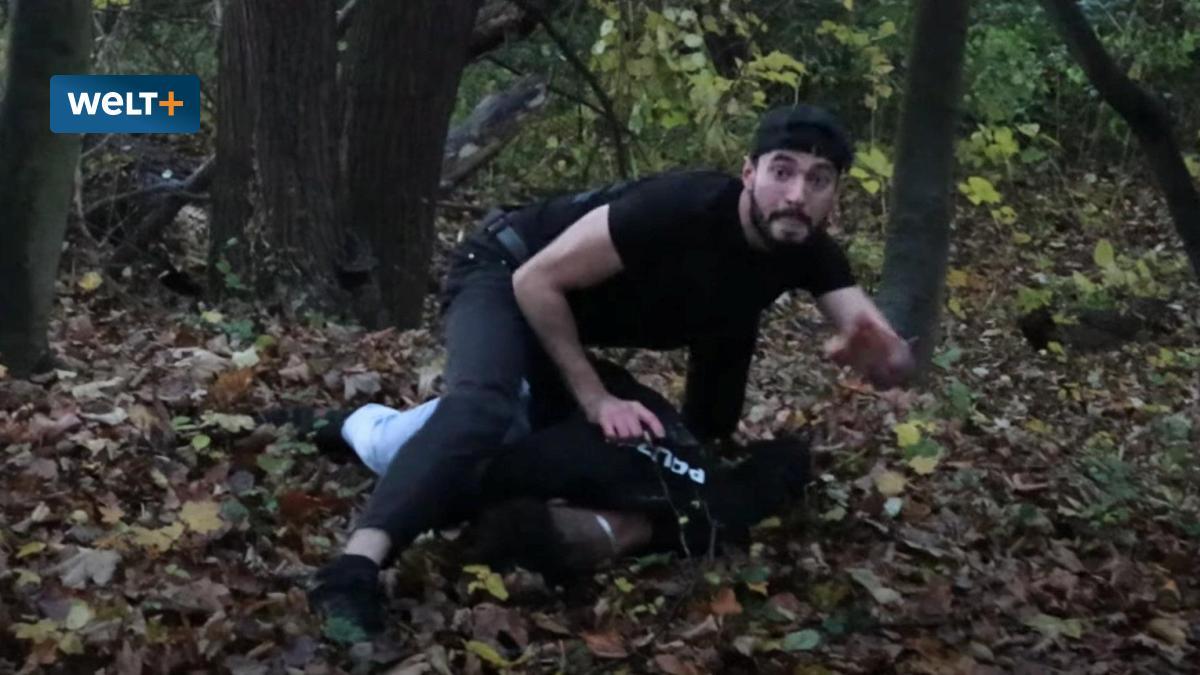 Podívejte se, jak muslimové v Německu trénují vraždy policistů