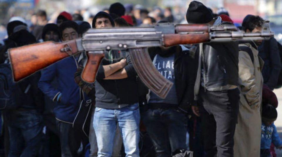 Francie: Afghánec vyhrožoval, že vystřílí nemocnici Kalašnikovem