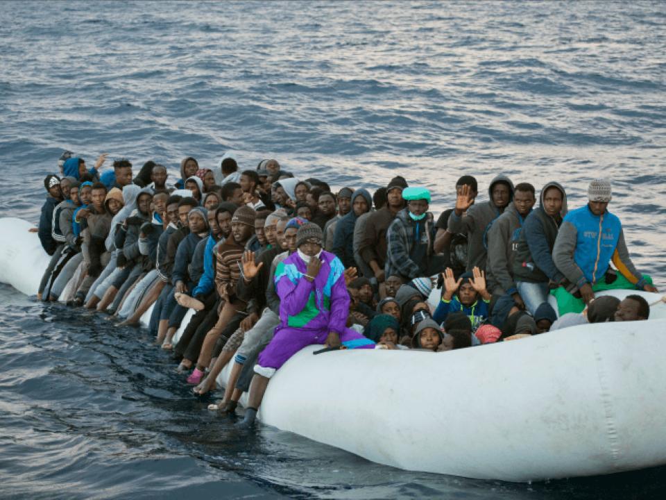 Afrika se stěhuje do Evropy – na Lampedusu letos připlulo 20 tisíc invazistů