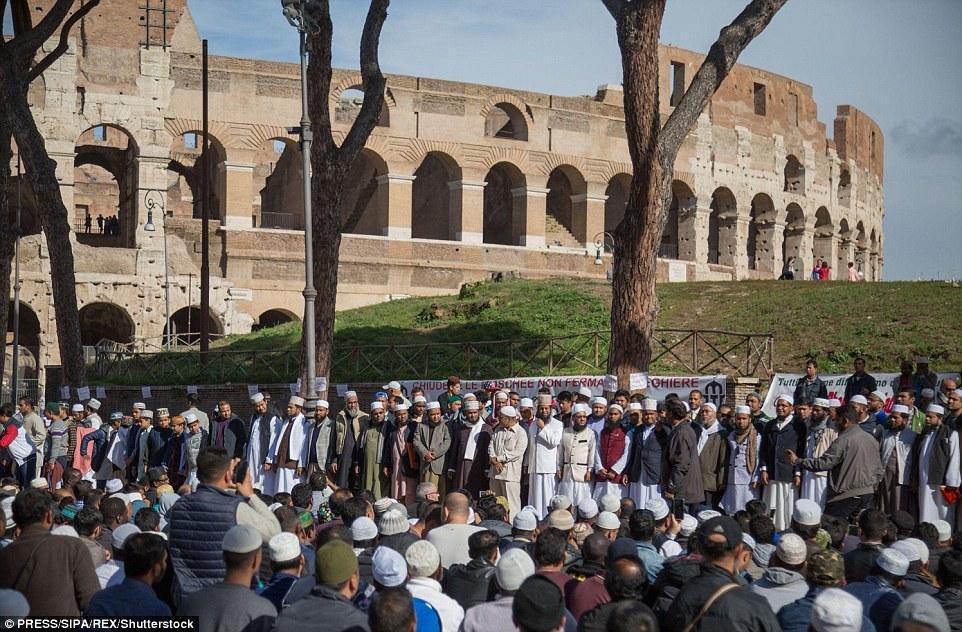 Muslimové v Itálii využívali nepodmíněného příjmu na financování džihádu