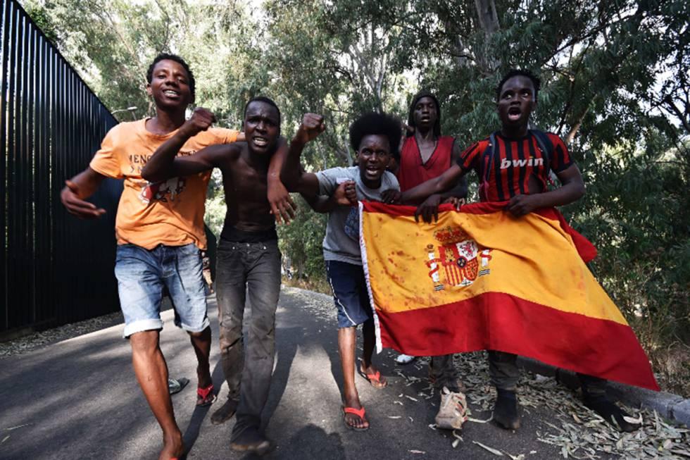 Španělsko: Muslimští vetřelci drží v hotelu hladovku, jeden žádá pokoj s výhledem na moře
