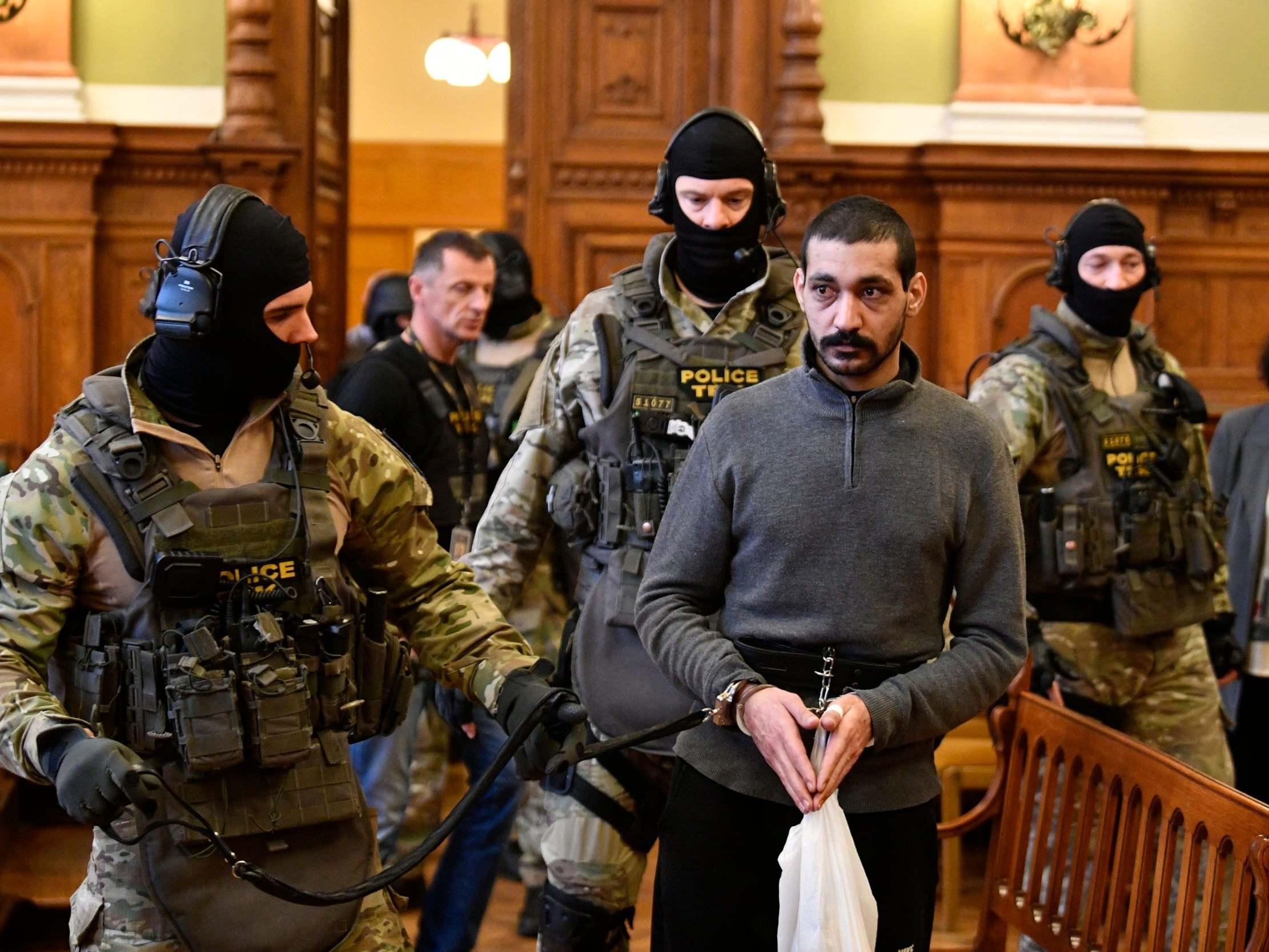 Maďarsko právě uvěznilo velitele a popravčího ISIS