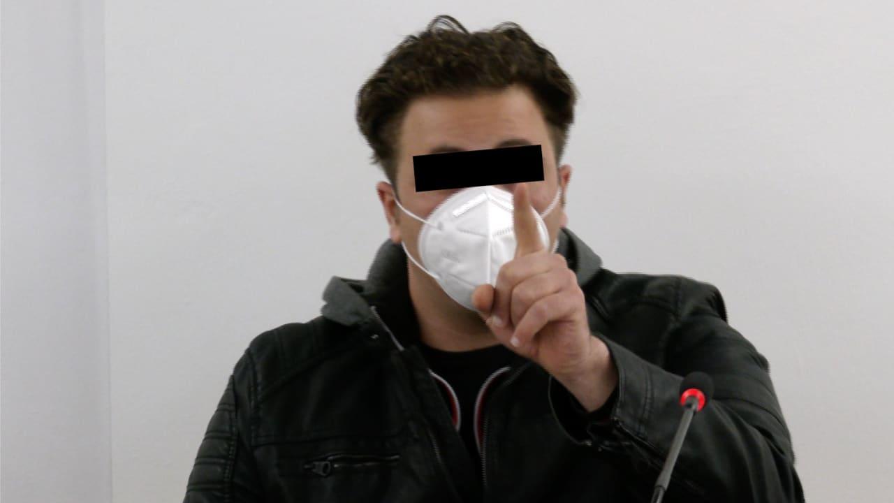 Syrští vetřelci udusili téměř slepého postiženého Němce a okradli ho