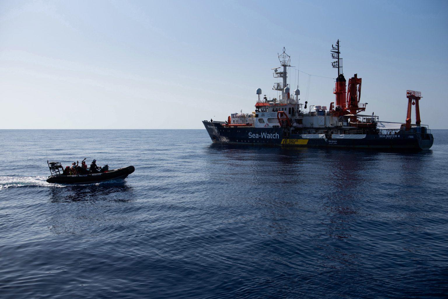 Německá neziskovka kupuje další loď na pašování vetřelců