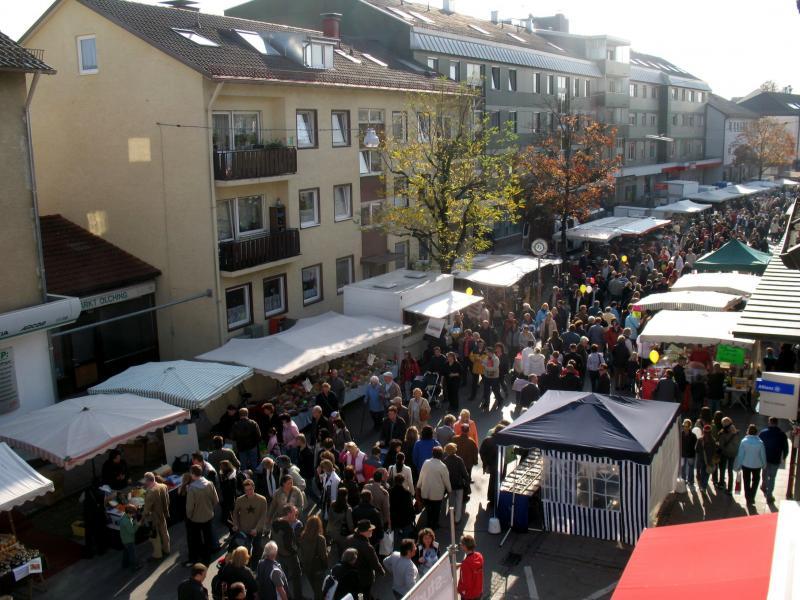 Německé město Olching žádá občany, aby své byty či domy poskytli vetřelcům z vyhořelého tábora Moria