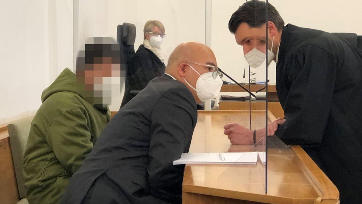 V Německu začal soud s Afgháncem, který před očima cestujících ubodal v autobuse manželku