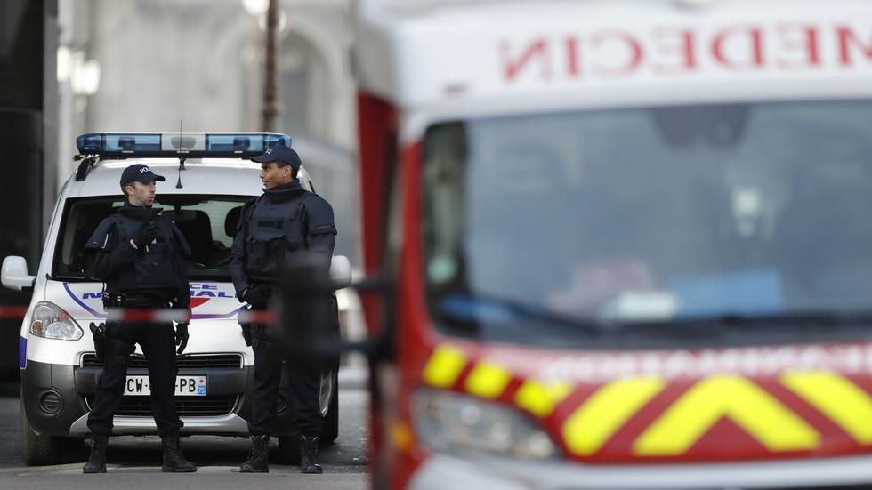Ve Francii zatkli černého rasistu za přípravu bombových útoků