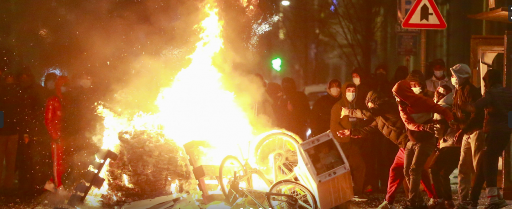 V Belgii vypukly nepokoje v režii muslimů, BLM a Antify