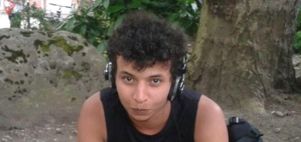 Terorista, který 3 lidi ubodal a další pobodal, nebude deportován
