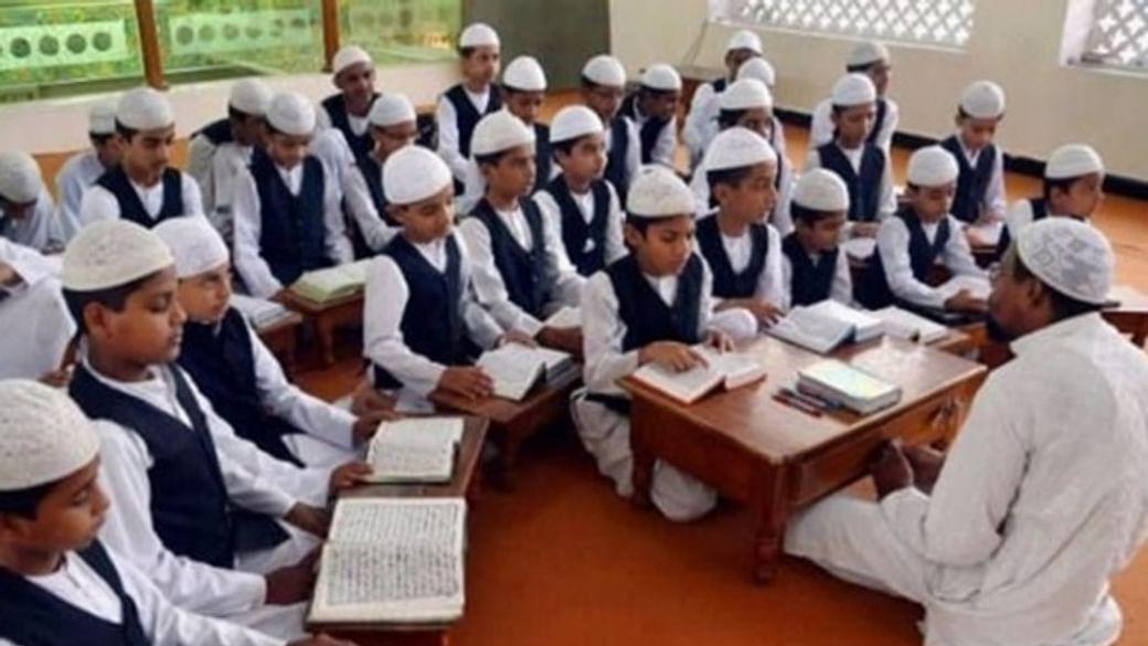 Indie zakazuje islámské školy, dál tak pokračuje v potlačování islamizace