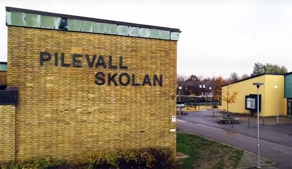 Pokus o vraždu ve švédské multikulturní škole