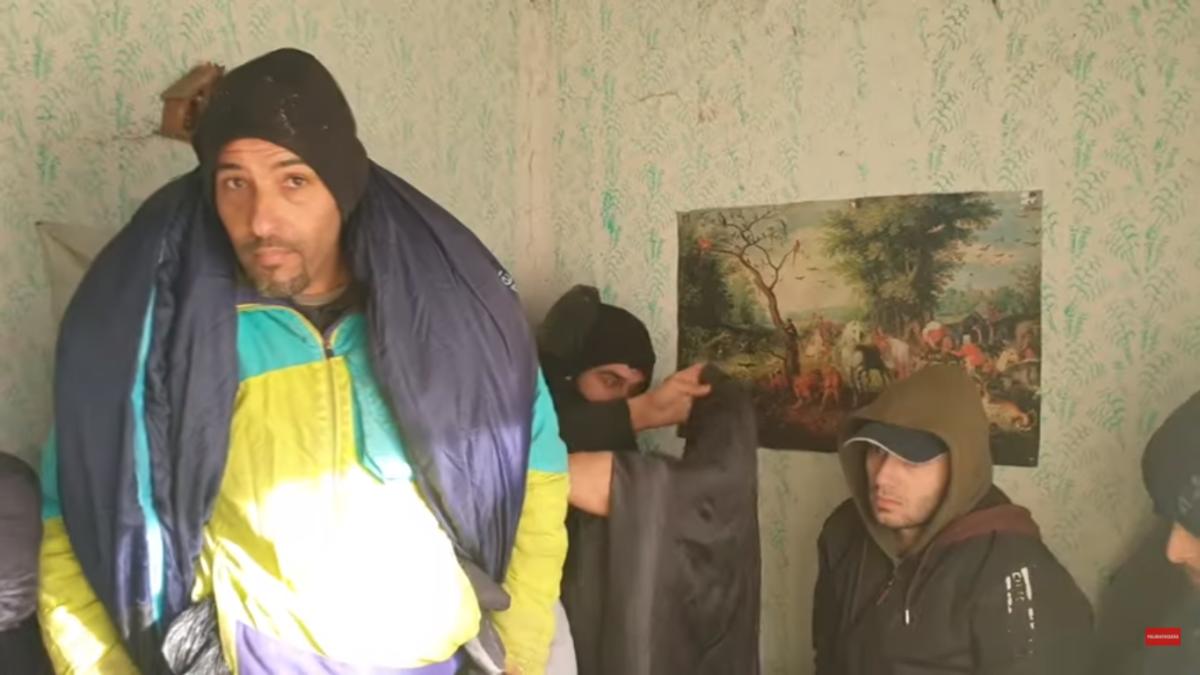 Maďarsko: 65 muslimských vetřelců se vloupalo ženě na farmu (video)