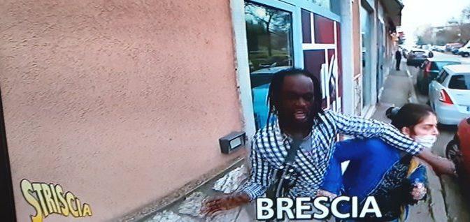 Itálie: Afričan bodal náhodné kolemjdoucí, očarovala ho prý manželka