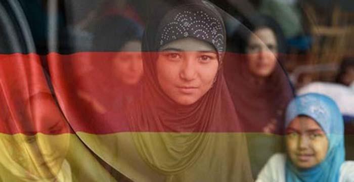 V Německu žije oficiálně asi 5,5 milionu muslimů, reálně jich je však zřejmě až trojnásobek