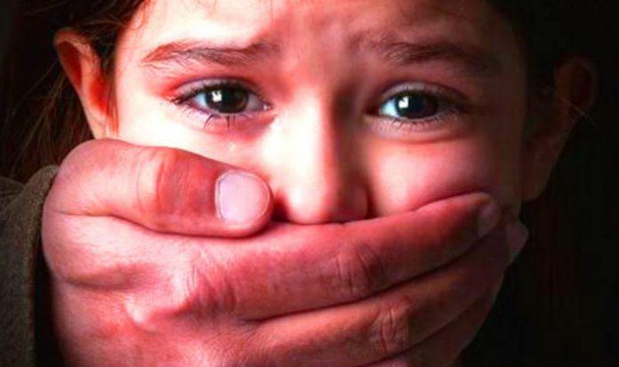 Francie: Mohamed znásilnil jedenáctiletou školačku