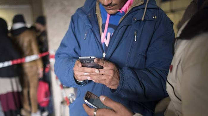 Syrský vetřelec si stěžuje na německé úřady za to, že se snažily zjistit jeho identitu z jeho mobilu