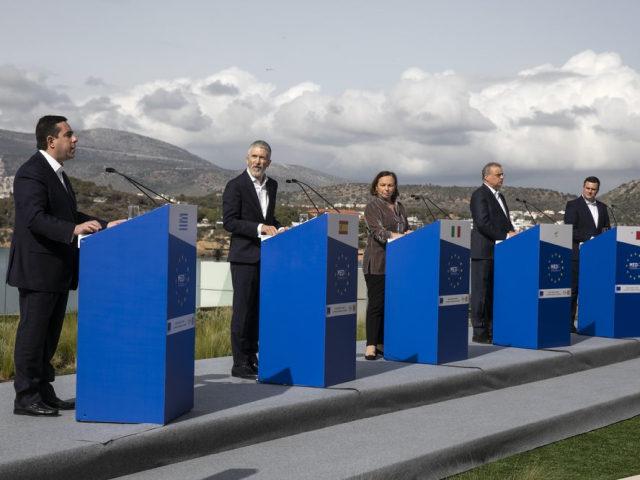 Ministři vnitra pěti zemí EU požadují, urychlené přerozdělení migrační zátěže