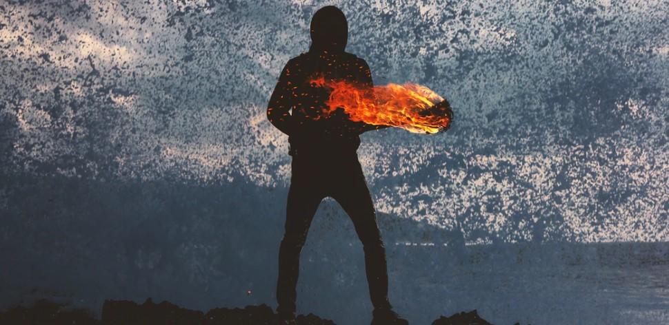 Vetřelci se stále častěji uchylují k požárům, aby se dostali rychleji do své zaslíbené země