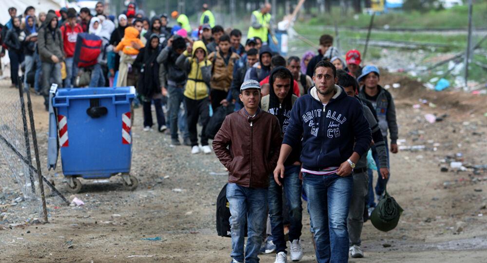 Idomeni – řecké město, kudy vede invaze balkánskou trasou (video)