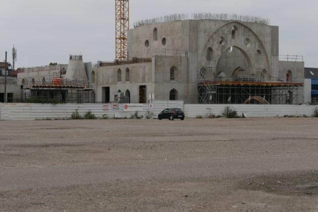 Největší evropská mešita ve Štrasburku má být symbolem dobytí Evropy Osmany