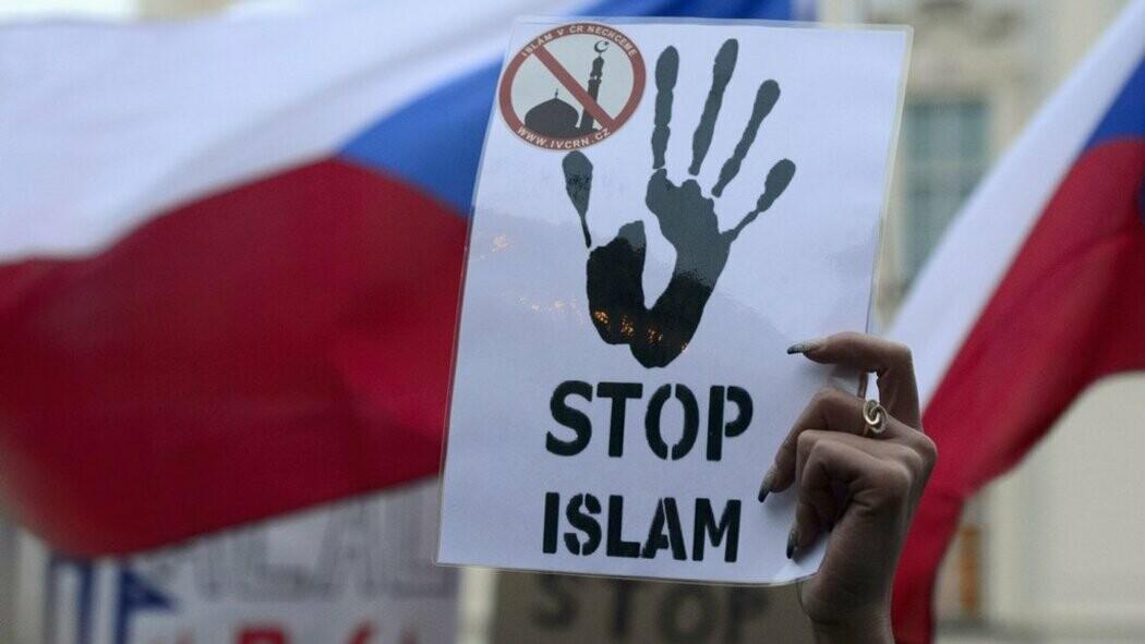 Proč se islamizace časem nevyhne ani nám?