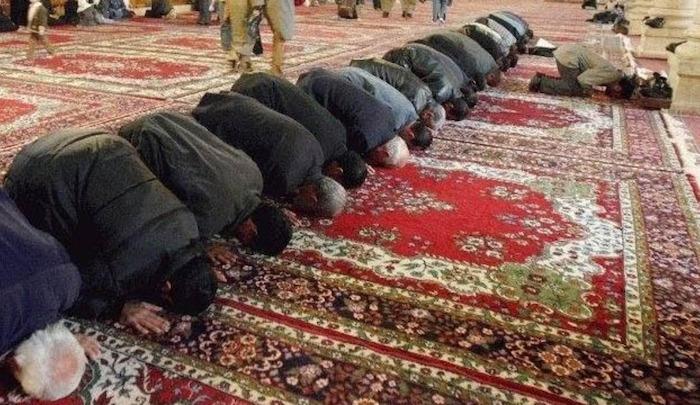 Francie i Rakousko znovu otevírají radikální mešity, které podnítily své příznivce k teroristickým útokům