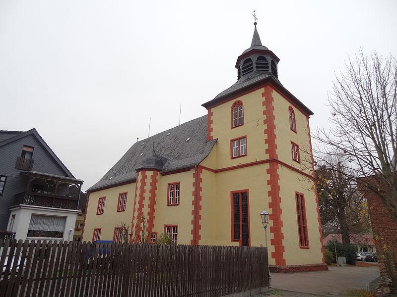 """Muslimové vtrhli na velikonoční bohoslužbu v německém kostele a křičeli: """"Allahu akbar!"""""""