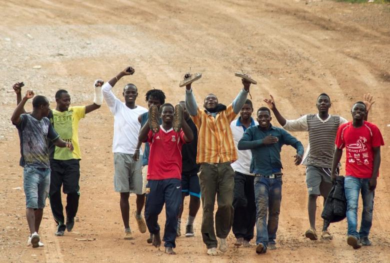 Za letošní rok už připlulo na Kanáry 2x víc Afričanů než vloni za stejnou dobu, většina chce do Německa