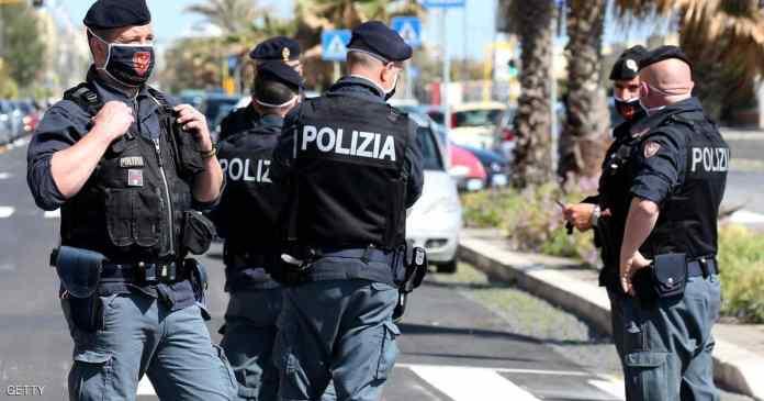 Itálie: Afričan zřídil 4 policisty tak, že skončili v nemocnici