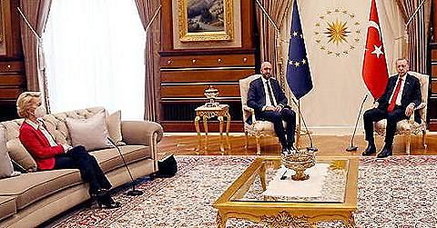 Proč Erdogan ponížil Ursulu von der Leyenovou?