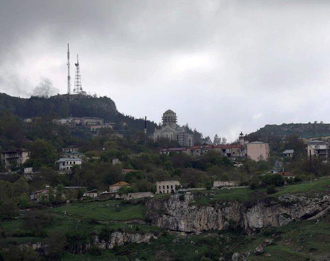 Náhorní Karabach: Ázerbájdžánci mění kostely na dobytém arménském území na mešity (video)