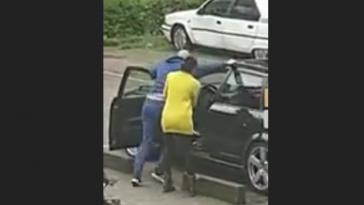Podívejte se, jak si Holanďan došlápl na zloděje auta (video)