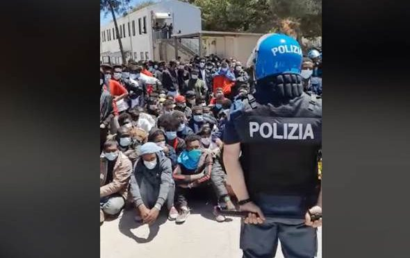 Lampedusa okupovaná afroislámskou armádou (video)