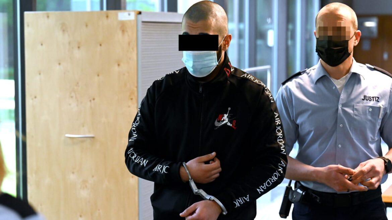 Muslimové nutili Němku k prostituci a znásilňovali ji, ta ze zoufalství vyskočila z okna a těžce se zranila