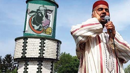 Začal soud s Němcem, který narušoval jekot muezzina z mešity, hrozí mu až 5 let vězení