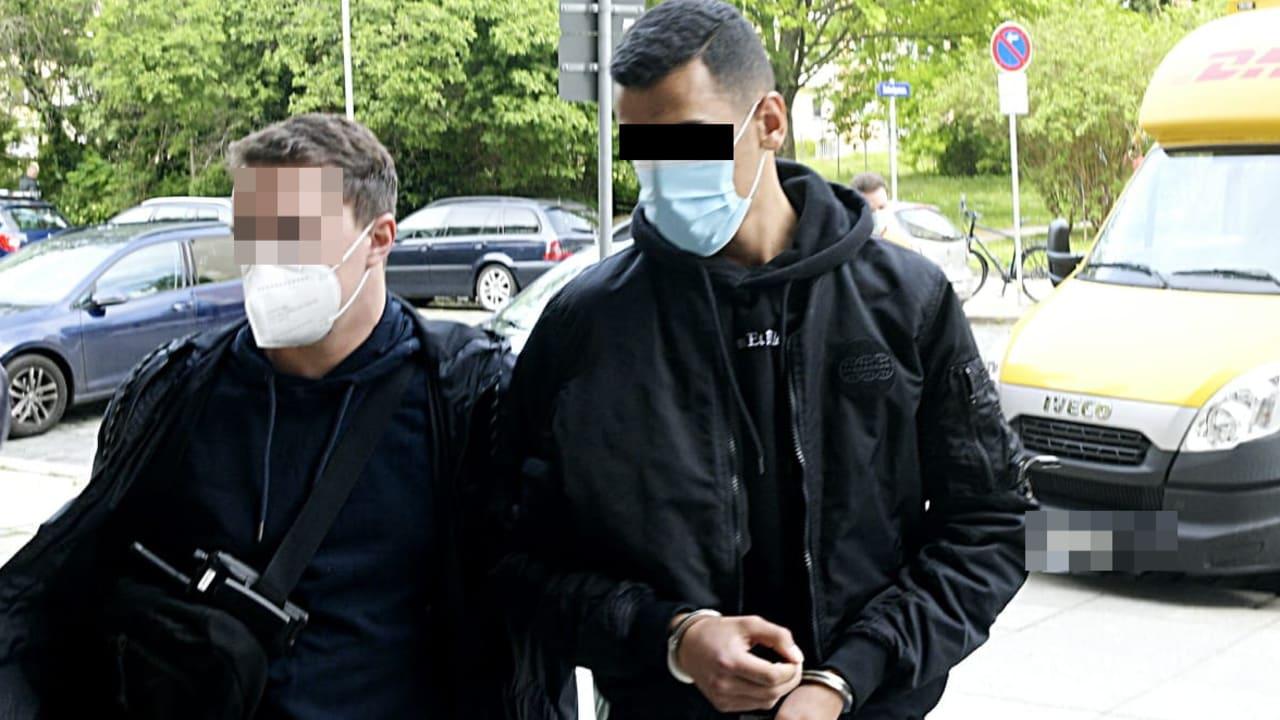 Muslim pobodal v Drážďanech transvestitu