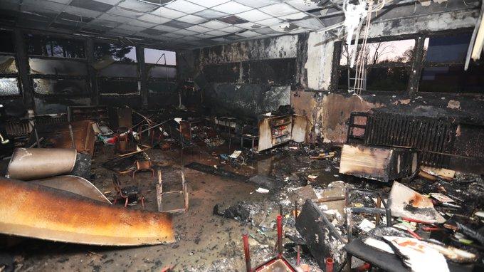 Nepokoje v různých městech Francie pokračují, v Lille dokonce zapálili mateřskou školku