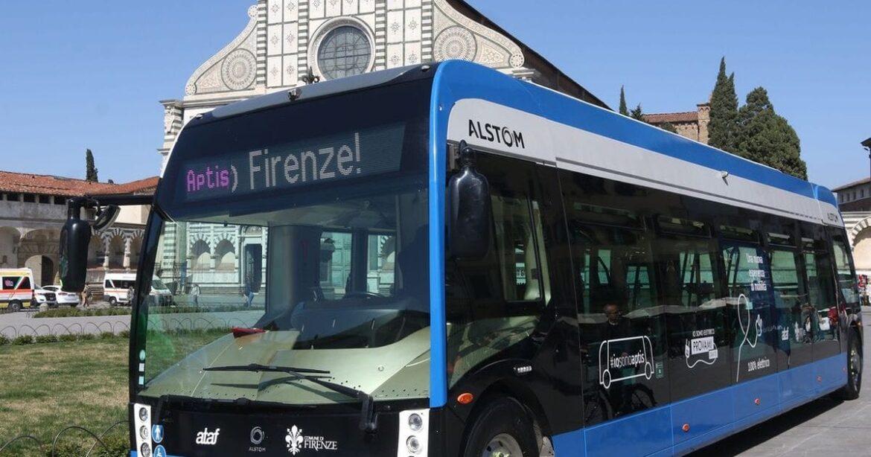 Itálie: Egypťan pobodal v autobuse dva lidi