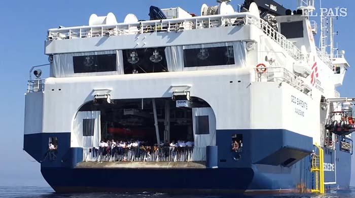 Loď Geo Barents veze dalších 410 Afričanů do Itálie, ti jásají nadšením (video)