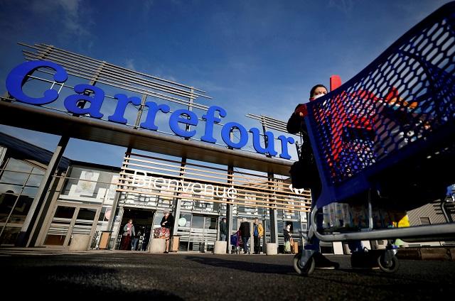 Globální řetězce se začínají přizpůsobovat islamizaci Francie – Carrefour otevírá muslimské supermarkety