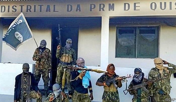 V africkém Mosambiku probíhá džihád mečem, džihádisté chodí dům od domu a vyvražďují křesťany