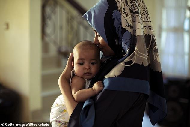 Většina Pákistánců, žijících ve Velké Británii, má za manželku vlastní sestřenici