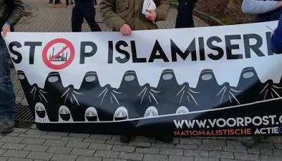 """Belgistán: 6 měsíců vězení za transparent s nápisem """"STOP ISLAMIZACI"""""""