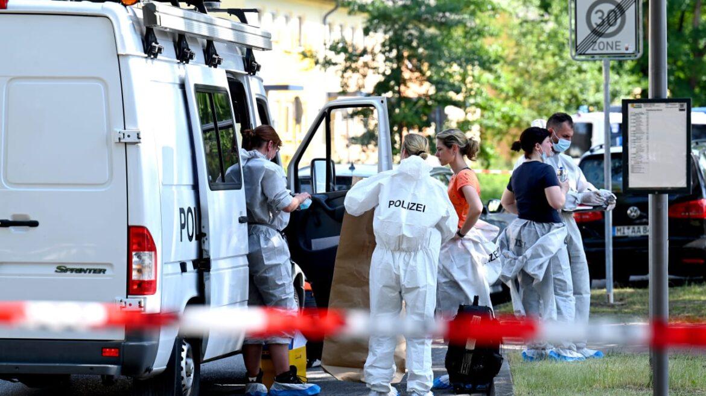 Německo: Turek zastřelil exmanželku a jejího bratra
