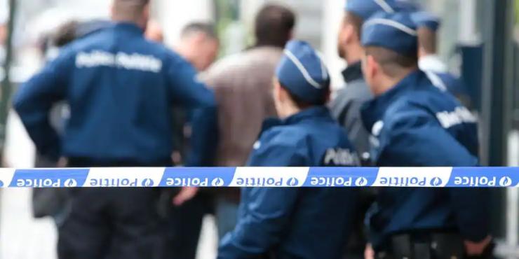 Brusel: V islamizované čtvrti honil muslim s nožem kolemjdoucí, je prý psychicky nemocný