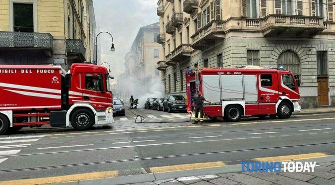 Itálie: Nigerijec zapálil v ulicích Turína 30 aut