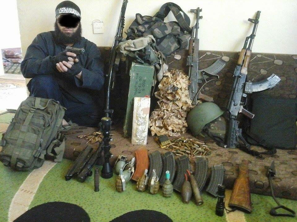 V Severním Porýní-Vestfálsku má 24 registrovaných islámských radikálů zbrojní průkaz