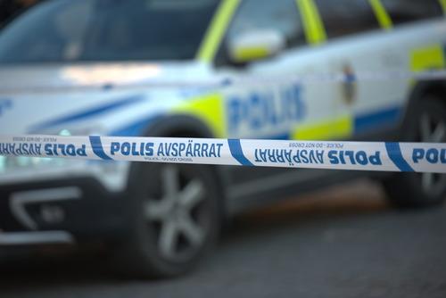 Švédsko: Při přestřelce muslimských gangů byly postřeleny dvě malé děti