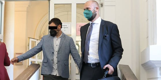 Ve Vídni probíhá soud s masovým čečenským vrahem, mimo jiné vyřezával plody z těl těhotných žen