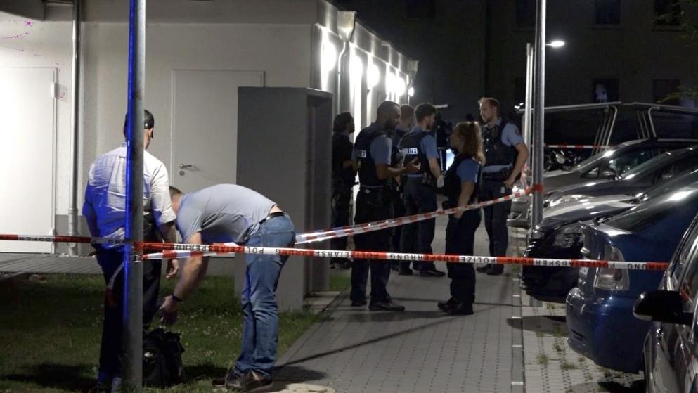 Německo: Policisté, kteří zastřelili Somálce, který útočil s nožem, byli obviněni z rasismu